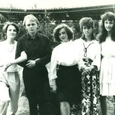 Педагог Смирнов А.В. с учениками на пленэре в парковой зоне г. Целинограда-1987 г.14 001